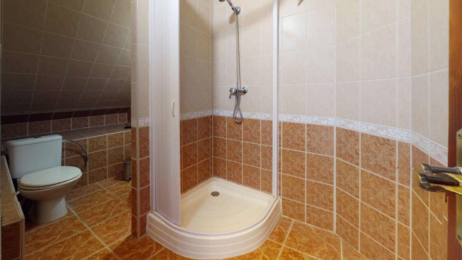 Penzion-Pribina-NR-Bathroom (3)